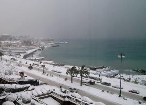Snow in Genoa. Corso Italia.